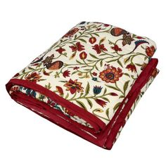 The desi rooi, Indian filler cotton, used in this quilt is of exceptional quality in this razai (Indian quilt) made in Jaipur, India. The fabrics used in this quilt include cotton voile that gives this quilt a feathery touch. Furthermore, the exceptional warmth and softness of the cotton was enhanced traditionally, through the application of herbal substances.