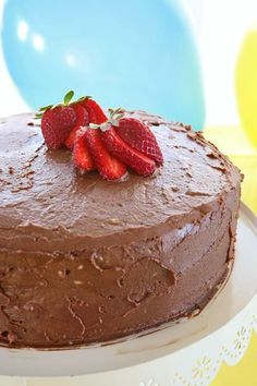 """Visit our internet site for even more details on """"birthday desserts easy"""". It is actually a great place for more information. Chocolate Lovers, Chocolate Cake, Baby Food Recipes, Sweet Recipes, Easy Birthday Desserts, Birthday Cakes, Vegan Sugar, Healthy Desserts, Sugar Free"""