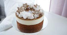 Piparijuustokakku – Talvinen piparijuustokakku jouluun. Tätä herkullisemmin et voi joulua viettää. Katso ohje, kokeile ja nauti.  Piparkakkupohja 0.5 dl rypsiöljyä 1 dl piimää tai maustamatonta jugurttia 1 kananmuna 1 tl vaniljasokeria 1 tl ruokasoodaa 1 tl leivinjauhetta 1 dl sokeria 1.5 dl vehnäjauhoja 1 tl piparkakkumaustetta Laita uuni lämpiään 175 asteeseen.  Käytän pohjan …