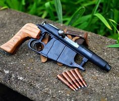 Hand cannon made from Mosin Nagant Weapons Guns, Guns And Ammo, Arma Steampunk, Homemade Weapons, Weapon Concept Art, Cool Guns, Panzer, Arsenal, Tactical Gear