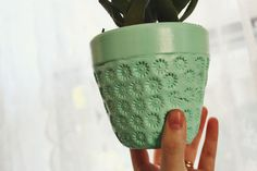 Create textured pots for a fraction of the cost - thanks to abeautifulmess.com