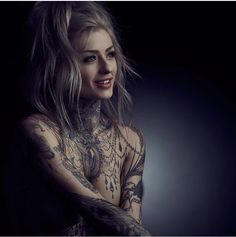 God she's beautiful 😍 I'm just going to post a Volta pic every day. on the road again with us filming season 2 of… Sexy Tattoos For Girls, Inked Girls, Tattoos For Women, Tattood Girls, Pin Up Tattoos, Girl Tattoos, Spine Tattoos, Tatoos, Ryan Ashley Malarkey