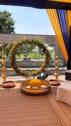 Destination Wedding Decor, Desi Wedding Decor, Diy Wedding Backdrop, Outdoor Wedding Decorations, Table Decorations, Mehendi Decor Ideas, Mehndi Decor, Traditional Wedding Decor, Entrance Decor