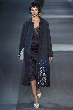 Louis Vuitton Fall 2013 RTW - Review - Fashion Week - Runway, Fashion Shows and Collections - Vogue