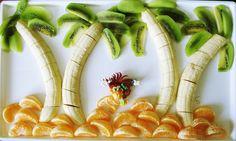 Un plato de fruta muy divertido