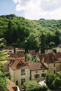Saint Cirq Lapopie, France (by Johnny Santo Domingo)