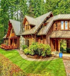 Atticus loves the lawn... - #Atticus #lawn #logcabins #loves Log Cabin Living, Log Cabin Homes, Timber House, Wooden House, Casas Country, Log Home Decorating, H & M Home, Cabins And Cottages, Cabins In The Woods