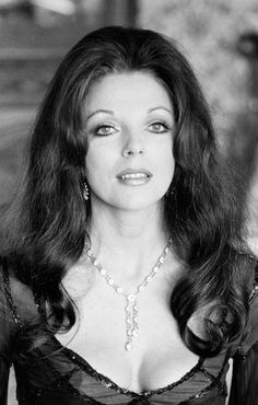 Actress Joan Collins May 1983 Jackie Collins, Dame Joan Collins, Vintage Hollywood, Classic Hollywood, Celebrities Then And Now, Woman Movie, British Actresses, Vintage Glamour, Famous Women