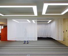 Galería de Remodelación auditorio colegio alemán Seúl / Daniel Valle Architects - 4
