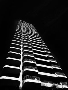 Architecture Composition | iPhone | architectural photography | design | abstract photography |