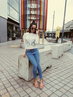 Mixed Race Girls, Sophia Vergara, Is It Okay, One Drop, Interracial Couples, Natural Tan, Black Men, Mom Jeans, How To Look Better