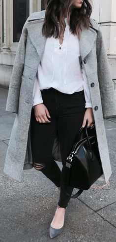 Ultimate Spring Outfits / Grey Coat / White Shirt / Black Ripped Skinny Jeans / Grey Pumps / Black Leather Tote Bag