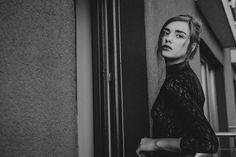 with @czumaczenko_misha_paulina #glamour #fashion #polishgirl #fashionphoto #photographer#photoshoot #insprationstyle #makeupart #makeupartist# #modelka #beautymodel #portrait #model #dominikakubinska #globe_people_bleeblu #worldface #portrait_perfection #ic_humans #earth_portraits #bravogreatphoto #folkportraits #igpodium_portraits #ig_respect #blacknwhite