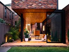 Gallery of North Melbourne Terrace / Matt Gibson Architecture + Design - 2 Melbourne, Architecture Résidentielle, Victorian Terrace House, Sustainable City, Brick Design, Backyard, Patio, My House, Photos