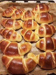 Baby Food Recipes, Baking Recipes, Cake Recipes, Dessert Recipes, Croissant, Pollo Frito Kfc, Baking Bad, Cooking Bread, Good Food