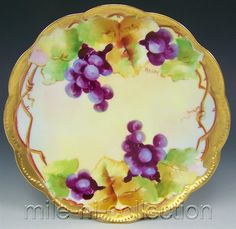 LIMOGES D'ARCY'S HAND PAINTED GRAPES ON VINE PLATE