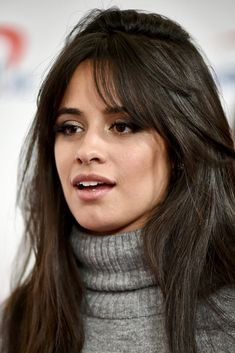 Camila Cabello no Jingle Ball 2018 Love Hair, Great Hair, Hairstyles With Bangs, Straight Hairstyles, Camila Cabello Hair, Hair Inspo, Hair Inspiration, Overnight Hairstyles, Color Rubio