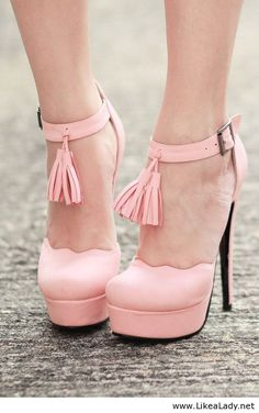 Amazing light pink shoes