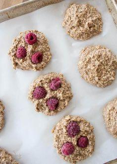Heathy Cookies with raspberries
