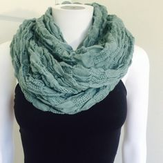 ANTHROPOLOGIE teal turquoise infinity scarf Cute cotton textured infinity scarf from ANTHROPOLOGIE in a cute teal/turquoise color. Infinity-- I am wearing it doubled up but it can be worn longer too! Very cool texture Anthropologie Accessories Scarves & Wraps