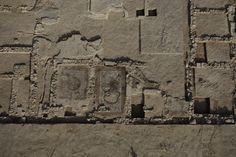 """nationalgeographic.com.es: """"Emerge la Granada romana""""    Galería de fotos: 1 de 4    Descripción: """"Villa romana de Granada  Impresionante imagen aérea en la que se aprecian los mosaicos, en buen estado de conservación, que decoraban el pavimento de la villa romana, un yacimiento arqueológico que hasta la fecha cubre más de 2.500 metros cuadrados.  """"    fuente: http://www.nationalgeographic.com.es/articulo/historia/actualidad/8341/emerge_granada_romana.html#"""