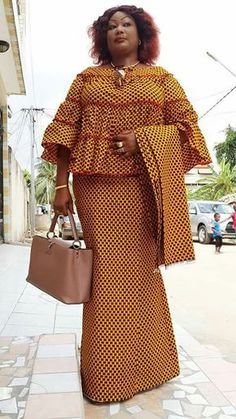 pictures for shweshwe dresses 2019 - style you 7 Shweshwe Dresses, African Maxi Dresses, African Fashion Ankara, Ghanaian Fashion, Latest African Fashion Dresses, African Dresses For Women, African Print Fashion, Africa Fashion, African Attire