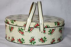 Vintage Oval Tin Basket with Handles and by ilovevintagestuff