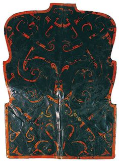 Painted lacquered shield of the Chu State, Warring states period (475 BC - 221 BC), Hunan Museum.