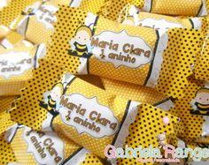 Bala Personalizada Abelhinha #festaabelhinha #lembrancinhasabelhinha #abelhinhacute #festaabelhinha #decoraçãoabelhinha #chadebebeabelhinha #amareloepreto #festainfantil