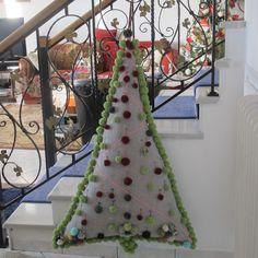 χριστουγιεννιάτικο δέντρο από ύφασμα