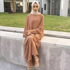 Hijab - @voilechic Dress - @inayahc Heels - @missguided