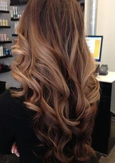 fully curled face framing hair then curls focused at the bottom of the strands