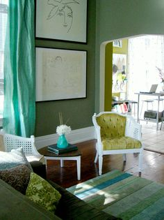 Eclectic and Elegant - Living Rooms on a Budget: Our 10 Favorites From Rate My Space on HGTV
