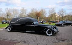 <3. That's some hearse!