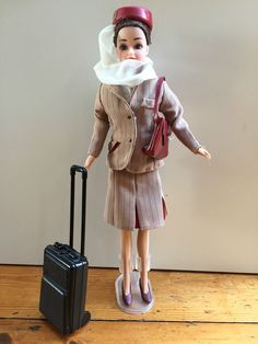 Exclusive Flight Attendant Doll Emirates Cabin Crew Fashion Doll Brunette - 30cm 11.2+3.5 listed