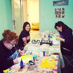 #buonanotte a tutti e soprattutto alle mie allieve di oggi !! Domani pubblicherò anche le foto delle loro bellissime creazioni!      #archidee #nightynight  #workshop #diyworkshop #resinworkshop #postthepeople #featureacreature #smilingfaces #buonanottemondo #friendtime #womaninbusiness #womenpower #womanstyle #giodnightworld #donnecreative #craftingtime #meeting #makers #iteach #goodnight  #volgoroma #romanity #romeandyou #visitrome #igersroma #italiangirl #whatitalyis #fattoamano