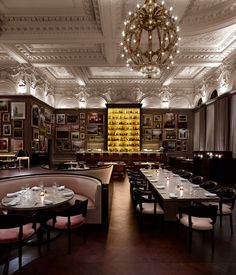 The London EDITION | http://www.yatzer.com/the-london-edition-hotel / Berner's Tavern, photo © Richard Powers.