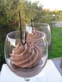 I Dolci di Pinella: mousse leggera alla nocciola e gianduia Mousse, Flan, Tiramisu, Yummy Treats, Sweet Treats, My Dessert, Gelato, Finger Foods, Food Art