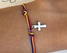 Colombia Bracelet with Cross Pendant, Pulsera de Colombia, Colombian Bracelet, Colombian flag, Bracelet, Friendship Bracelet.