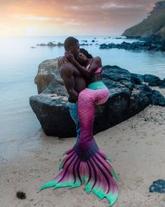 "My God, if your love were a grain of sand, mine would be a universe of beaches."" ~ The Princess Bride 🌊🌺☀️ Black Love Art, Black Girl Art, Black Is Beautiful, Black Girl Magic, Black Mermaid, Mermaid Art, Mermaid Pictures, Mermaid Drawings, Mermaids And Mermen"