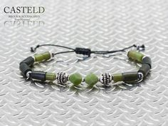Envie de créer un bracelet de couleur et pierre naturelle. Le nouveau Bracelet Homme Colors... http://www.casteld.com/bijoux-homme #bracelet #homme #tendance