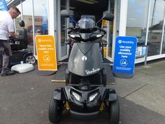 Rascal Ventura heavy duty 8 mph mobility scooter pneumatic tyres swivel seat