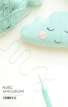 O Recuncho de Jei: Nube de amigurumi - Crochet Diy, Quick Crochet, Crochet Home, Crochet Ideas, Crochet Cushions, Crochet Pillow, Amigurumi Patterns, Crochet Patterns, Baby Mobile