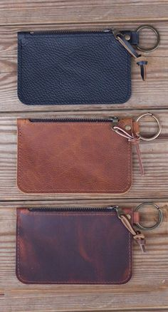 Diy Leather Wallet Pattern, Handmade Leather Wallet, Leather Keychain, Leather Pouch, Diy Leather Gifts, Best Leather Wallet, Leather Crafts, Mens Travel Bag, Travel Bags