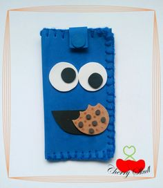 Funda Comegalletas  by Cherry Skull