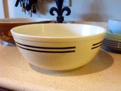 Cintage Pyrex Speckled Bowl in Excelent by LivingWellVintage, $13.50