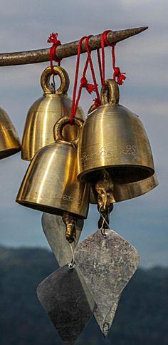 The sound of bells . Tibet