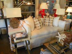 #Sofa setup in #LA with #bright #lamps! #mecox #mecoxgardens #pillows #interiordesign #home #homedecor #design