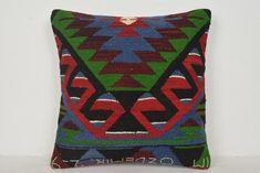 Cuscini per tappeti all'ingrosso Handknit Mid-century Kilim Fabric, Kilim Pillows, Kilim Rugs, Cotton Fabric, Throw Pillows, Turkish Art, Hand Knitting, Pillow Covers, Hand Weaving