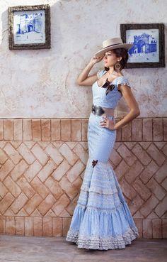 Flamenco Costume, Flamenco Dancers, Dance Costumes, Flamenco Dresses, Dance Outfits, Cute Outfits, Special Dresses, Formal Dresses, Spanish Dress